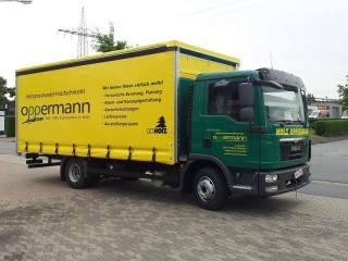Curtainsider2